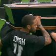 Les obsèques nationales en hommage à Jonah Lomu qui se déroulaient à l'Eden Park d'Auckland, le 30 novembre 2015 - Son cercueil porté par d'anciens joueurs All Blacks