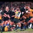 Jonah Lomu lors d'un match de la Bledisloe Cup à Melbourne face à l'Australie, le 13 juillet 1998