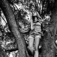 """Exclusif - Thylane Blondeau, la fille de Véronika Loubry, décroche son premier rôle au cinéma. Elle va tourner dans la suite de """"Belle et Sébastien"""" qui s'appelle """"Belle et Sébastien: l'aventure continue"""". Elle jouera Gabrielle au côté de Tchéky Karyo et Félix Bossuet qui continu son rôle de Sébastien."""