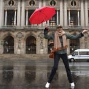 Inès de la Fressange : Sous un grand parapluie, une marraine de choc et de coeur