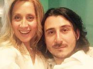 Lara Fabian : Au resto avec son mari... elle prend sa poitrine en photo !