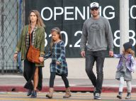 Jessica Alba : Stylée sous la pluie avec ses filles qui ont bien grandi !