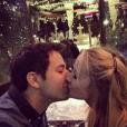 Anna Camp et Skylar Astin amoureux (photo postée le 30 novembre 2015)