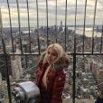 Jessica (Les Marseillais) : photo du haut de l'Empire Stade Building