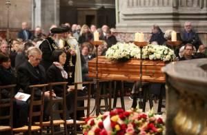 Michel Delpech, les obsèques : Ses proches et nombre d'artistes lui disent adieu
