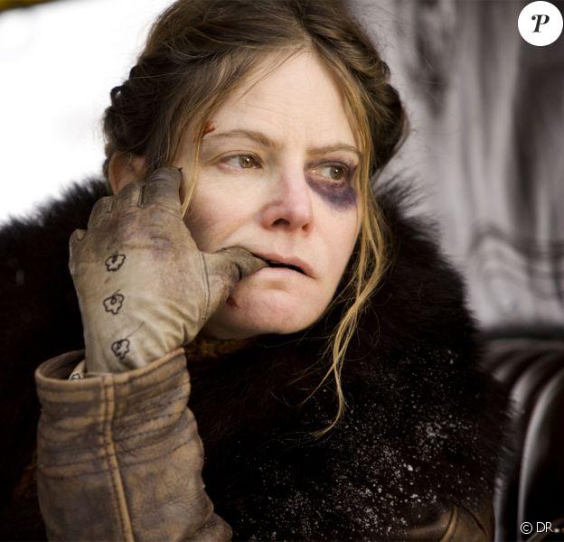 Jennifer Jason Leigh est Daisy Domergue dans Les Huit Salopards (2016)