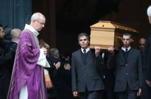 Obsèques de Michel Galabru : Proches et amis réunis pour un ultime adieu