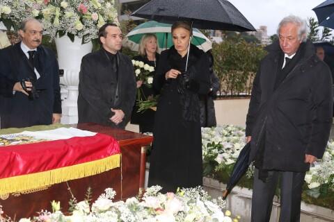 Obsèques d'Ashraf Pahlavi: Farah Diba en deuil, adieu discret à la soeur du Shah