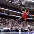 Blake Griffin sous le maillot des Clippers de Los Angeles face aux 76ers de Philadelphie au Wells Fargo Center de Philadelphie, le 11 février 2013