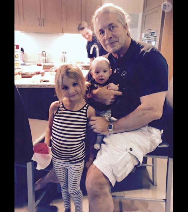 "Bret ""Hitman"" Hart avec ses petits-enfants - janvier 2016"