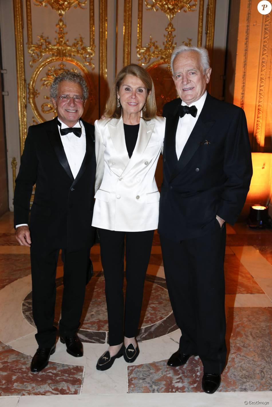 Laurent Dassault Et Philippe Labro Et Sa Femme Fran U00e7oise