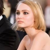 """Lily-Rose Depp incomprise : """"On m'a étiquetée comme lesbienne"""""""