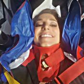 Laury Thilleman : Après sa chute en direct, la miss termine aux urgences...