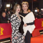 Berlinale 2016 : Emma Thompson brille avec sa fille Gaia, Charlize Theron fatale