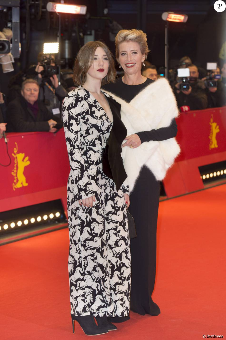 "Emma Thompson et sa fille Gaia Romilly Wise - Première du film ""Alone in Berlin"" (Seul dans Berlin) au 66e festival internartional du film de Berlin le 15 février 2016."