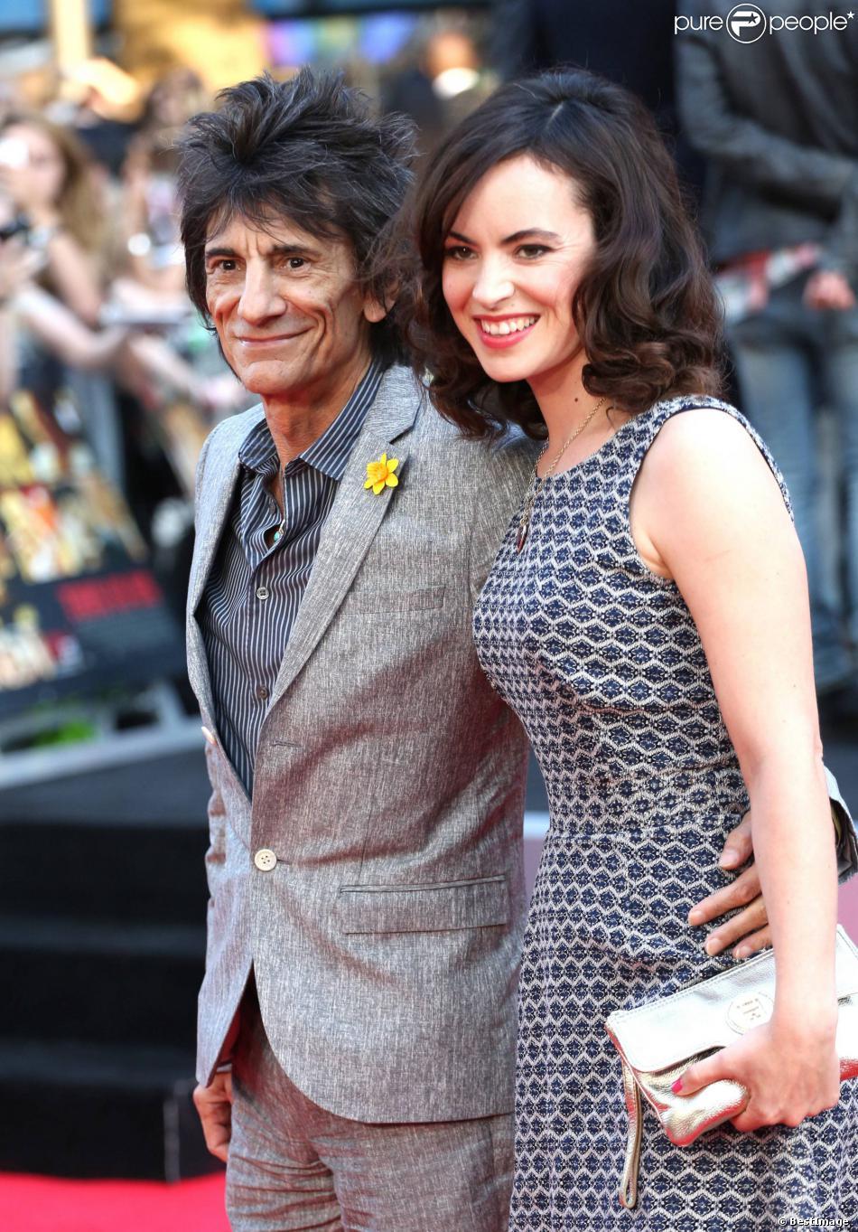 Ronnie Wood et Sally Humphreys à Londres, le 20 août 2013.