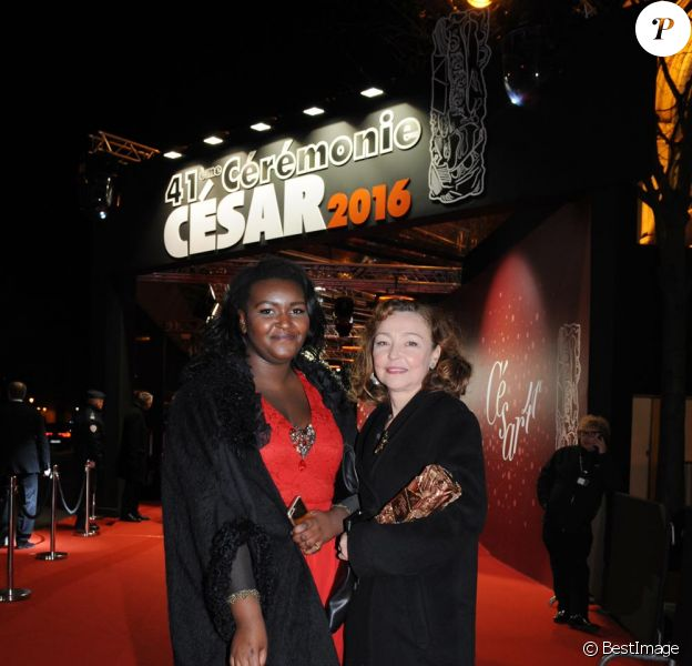 Catherine Frot quittant la 41e Cérémonie des César au théâtre du Châtelet à Paris. Le 26 février 2016