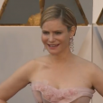 Jennifer Jason Leigh aux Oscars.
