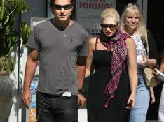 REPORTAGE PHOTO : Gwen Stefani et son mari aux petits soins pour leur petit Kingston !