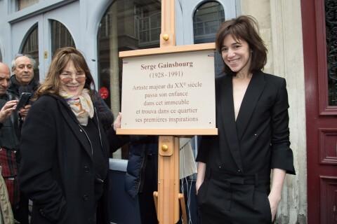 Charlotte Gainsbourg unie avec sa mère Jane Birkin pour la mémoire de Serge