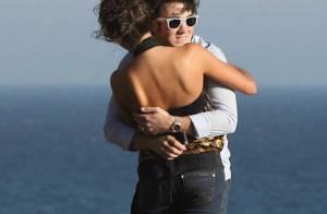 REPORTAGE PHOTOS : Le beau Kevin, des Jonas Brothers, fou amoureux de sa fiancée !