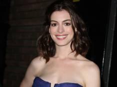 REPORTAGE PHOTOS : Anne Hathaway la belle bleue, Thandie Newton la belle jaune et Gwyneth Paltrow en noir : qui a le meilleur look ?