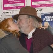 """Julie Depardieu, très affectueuse, et Emmanuelle Galabru : """"Filles de"""" radieuses"""