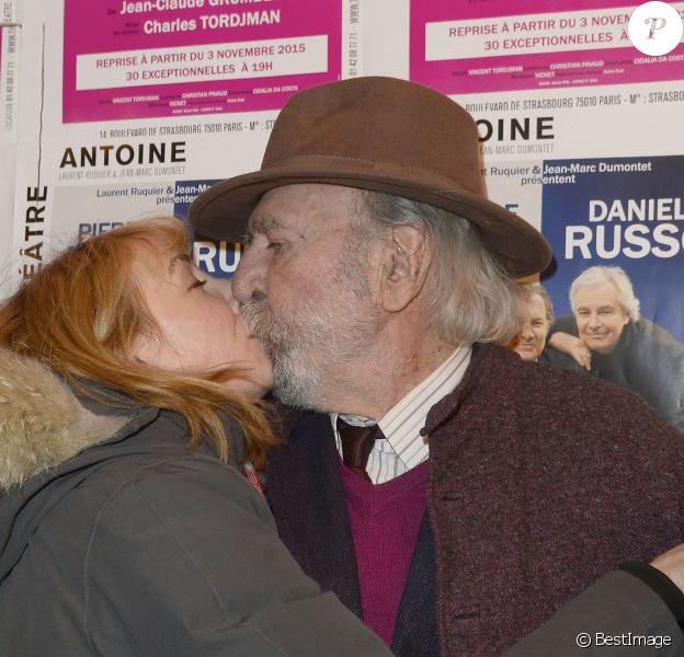 """Julie Depardieu et Jean-Pierre Marielle - Photocall de la générale de la pièce """"L'être ou pas"""" au Théâtre Antoine à Paris le 21 mars 2016. © Coadic Guirec/Bestimage"""