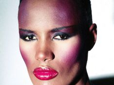 Grace Jones va être... mamie !