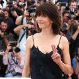 Sophie Marceau (robe Nina Ricci) - Photocall du jury du 68e Festival International du Film de Cannes. Le 13 mai 2015