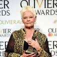 Dame Judi Dench lors des Olivier Awards 2016 au The Royal Opera House, Londres, le 3 avril 2016.