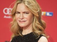 Mort de Barbara Turner : Jennifer Jason Leigh pleure sa maman scénariste