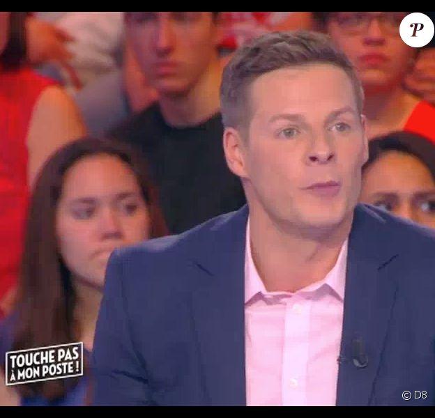 """Le chroniqueur Matthieu Delormeau s'exprime sur Nabilla et son passage dans """"Sept à Huit"""" sur TF1. Emission """"Touche pas à mon poste"""" sur D8, le 11 avril 2016."""