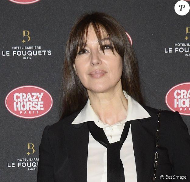 """Monica Bellucci - People à la première du show """"Dita's Crazy Horse's"""" au Crazy Horse à Paris. Le 15 mars 2016 © Coadic Guirec / Bestimage"""