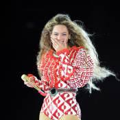 Beyoncé : Bluffée sur scène par deux fans en transe !