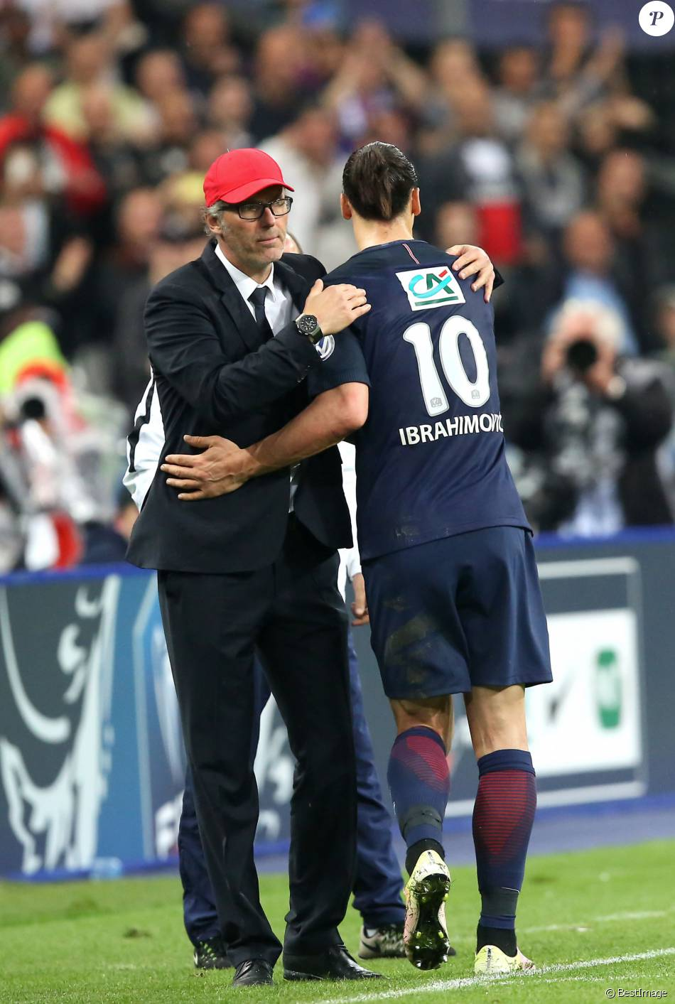 Laurent blanc zlatan ibrahimovic finale de la coupe de france de football psg om au stade - La coupe de france de football ...