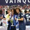 Edinson Cavani et David Luiz - Finale de la coupe de France de football (PSG / OM) au Stade de France le 21 mai 2016. Le PSG remporte le match 4 à 2.