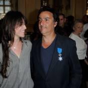 """Yvan Attal s'est sacrifié pour Charlotte Gainsbourg : """"C'est la vie"""""""