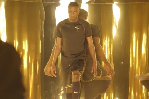 Olivier Rousteing x NikeLab : Blaise Matuidi, star d'une collection en or