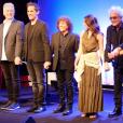 Richard Cocciante et Luc Plamondon ont présenté le 30 mai 2016 au Théâtre du Châtelet leur troupe pour le retour de Notre-Dame de Paris en France, à partir de septembre 2016 : Angelo Del Vecchio (Quasimodo), Daniel Lavoie (Frollo), Richard Charest (Gringoire), Hiba Tawaji (Esmeralda), Alyzée Lalande (Fleur-de-Lys), Jay (Clopin) et Martin Giroux (Phoebus).