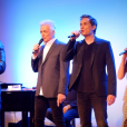 Jay est Clopin dans Notre-Dame de Paris et interprète ici la chanson Les Sans-Papiers avec Daniel Lavoie, Richard Charest et Hiba Tawaji. Le spectacle musical de Luc Plamondon et Richard Cocciante revient en France, quinze ans après, à partir de septembre 2016. La nouvelle troupe a été présentée le 30 mai 2016 au Théâtre du Châtelet.