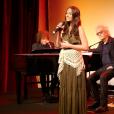 Hiba Tawaji est Esmeralda dans Notre-Dame de Paris. Le spectacle musical de Luc Plamondon et Richard Cocciante revient en France, quinze ans après, à partir de septembre 2016. La nouvelle troupe a été présentée le 30 mai 2016 au Théâtre du Châtelet.