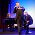 Richard Charest est Gringoire dans Notre-Dame de Paris. Le spectacle musical de Luc Plamondon et Richard Cocciante revient en France, quinze ans après, à partir de septembre 2016. La nouvelle troupe a été présentée le 30 mai 2016 au Théâtre du Châtelet.