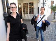 REPORTAGE PHOTOS : Anne Hathaway ne cache plus son nouvel amoureux !