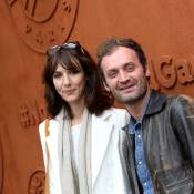 Doria Tillier et Augustin Trapenard complices devant Léa Salamé à Roland-Garros