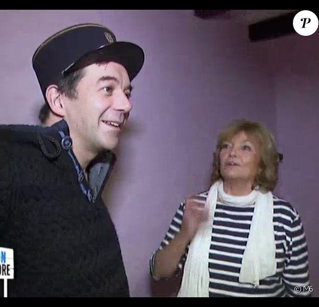 La mère de Stéphane Plaza a fait des confidences un peu gênantes sur son fiston dans l'émission Maison à vendre sur M6. Le 4 mars 2015.