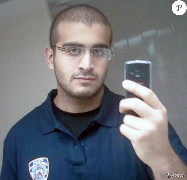 Omar Mateen, le terroriste d'Orlando, a prêté allégence à l'Etat islamique. Au moins 50 personnes ont été tuées et 53 blessées dans un club gay de la ville, The Pulse, dans la nuit du dimanche 12 juin 2016.