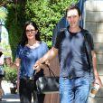 Courteney Cox et son fiancé Johnny McDaid à Santa Monica le 27 mars 2015
