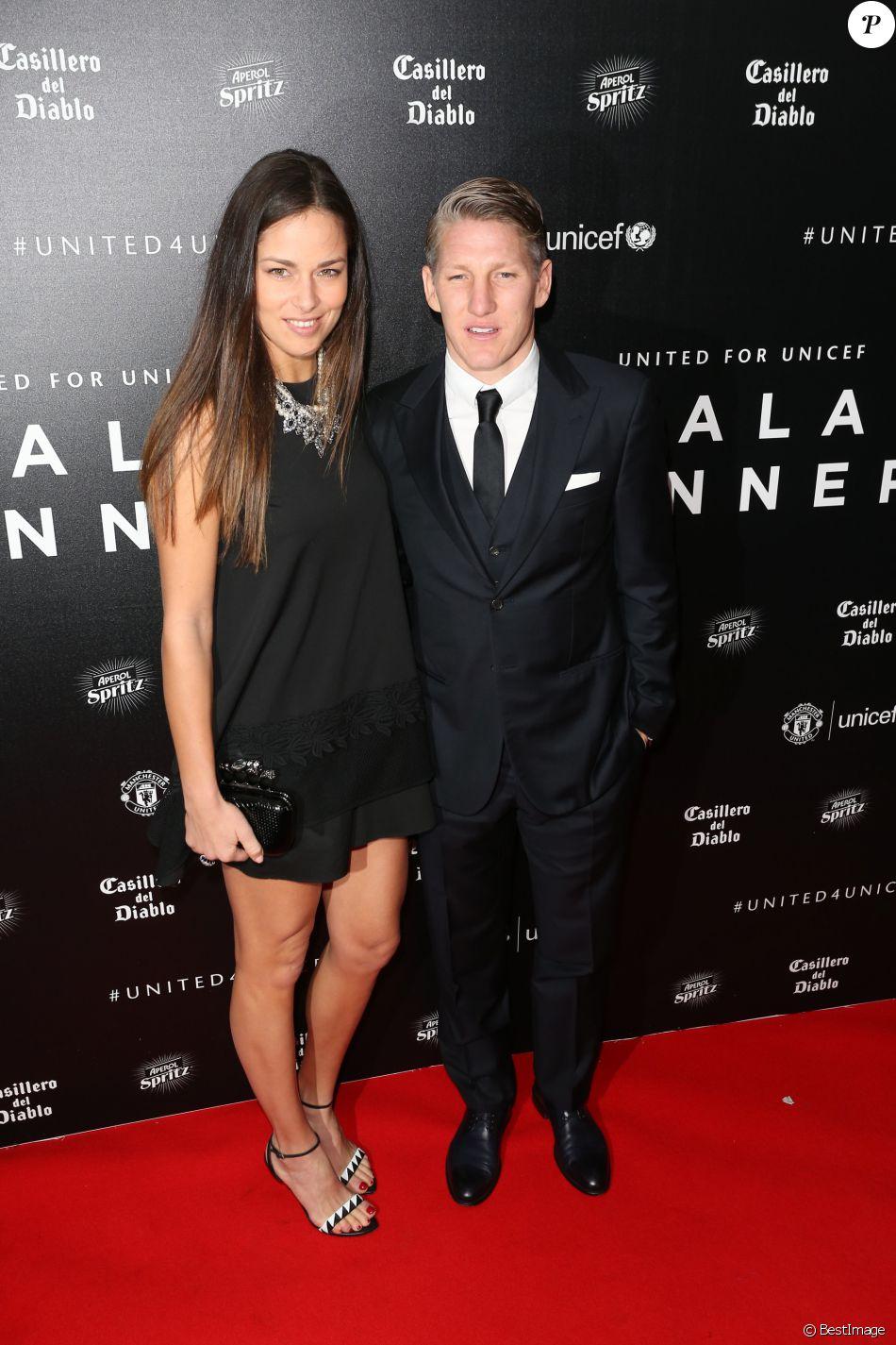 Ana Ivanovic et Bastian Schweinsteiger à la soirée de gala UNICEF à Manchester en Angleterre, le 29 novembre 2015