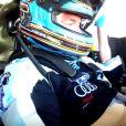 A l'approche des 24 Heures du Mans, la pression monte pour Frédéric Sausset. C'est à l'occasion d'une session pour les V de V endurance series, qu'il s'entraîne sur le circuit Paul Ricard du Castellet. Rencontre.